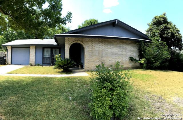 9423 QUICKSILVER DR, San Antonio, TX 78245