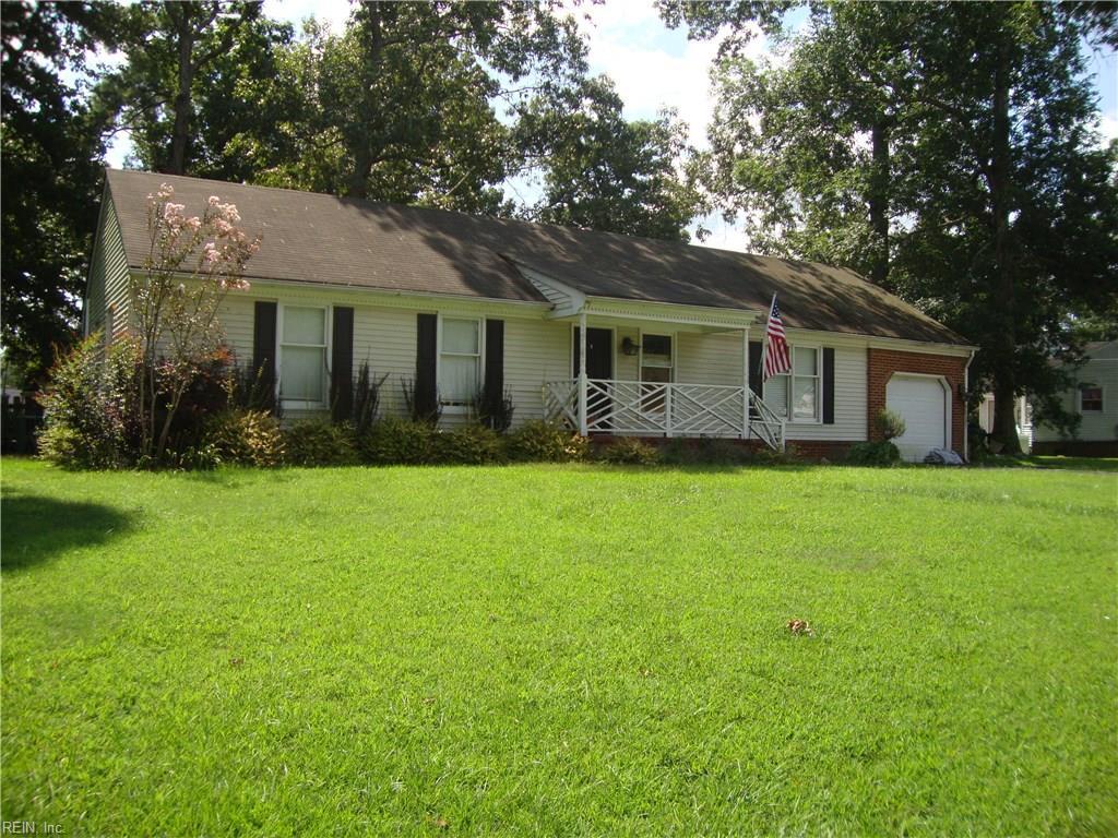 519 Pinehurst DR, Suffolk, VA 23434