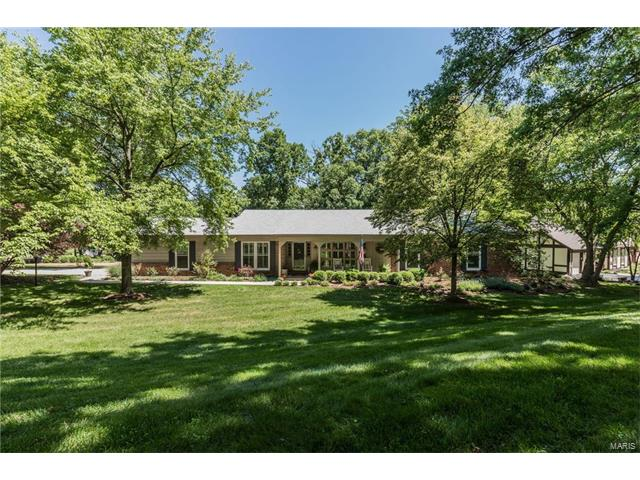 1578 Foxham, Chesterfield, MO 63017