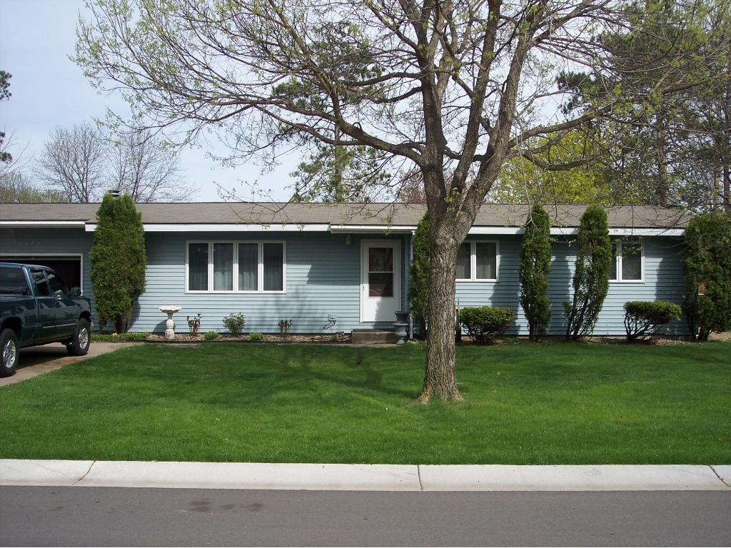 9377 Hallmark Avenue S, Cottage Grove, MN 55016