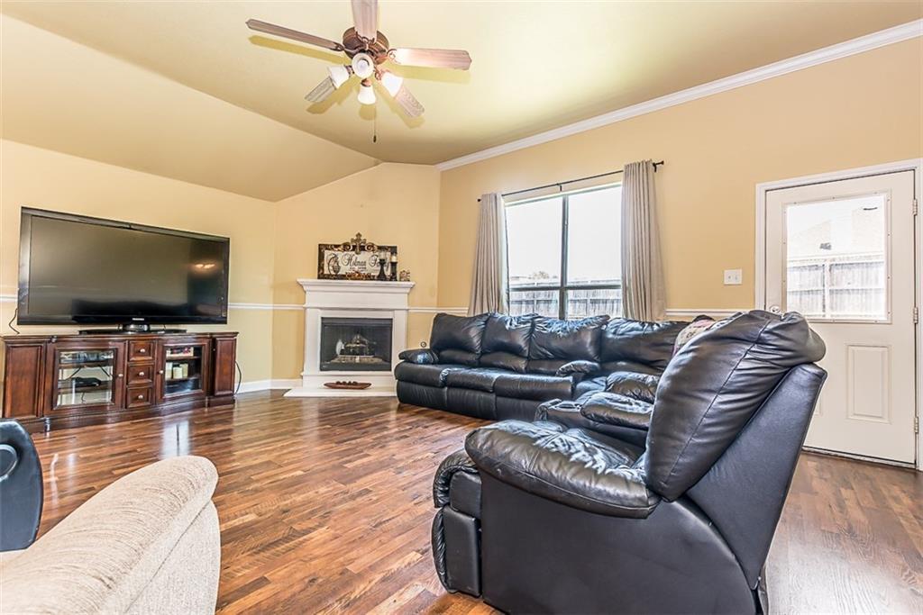 2806 Arabian Lane, Celina, TX 75009