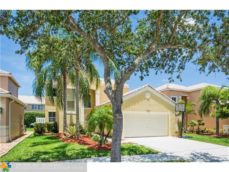 1029 Briar Ridge Rd, Weston, FL 33327
