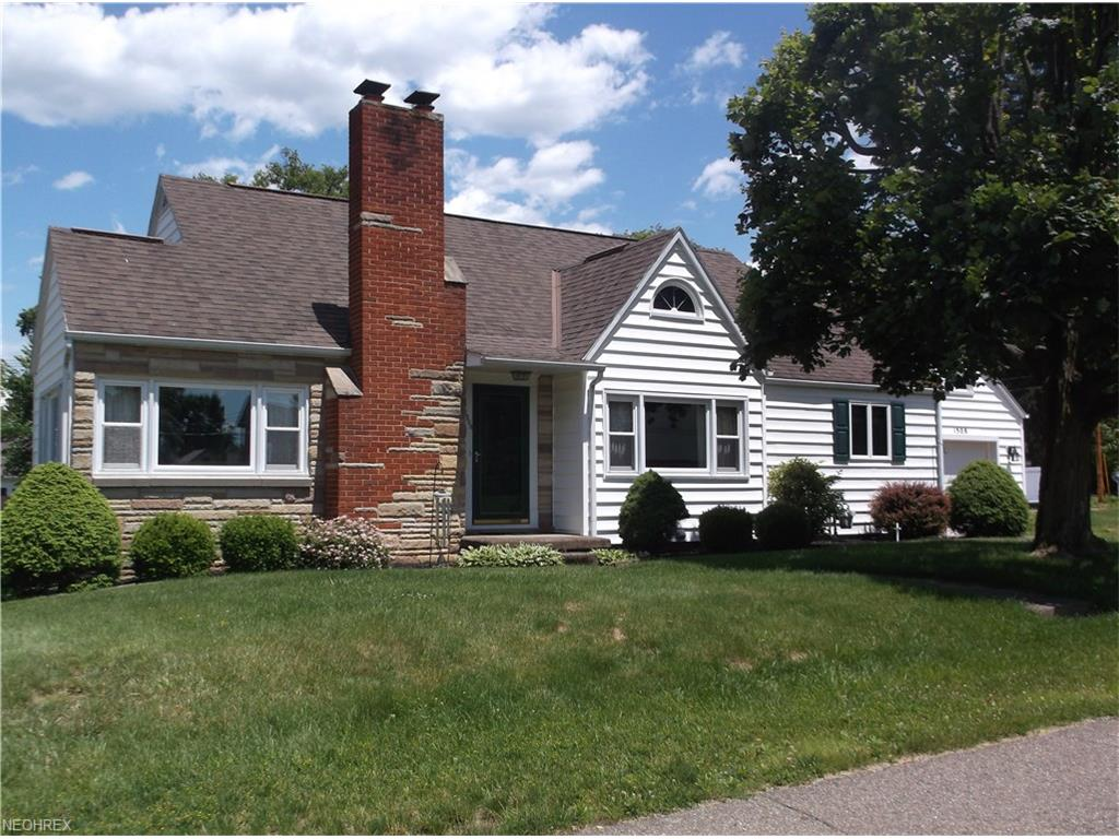 1508 Prospect St, Coshocton, OH 43812