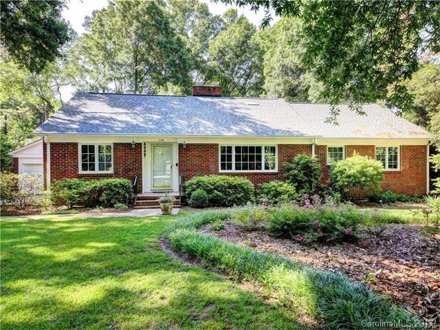 1119 Rembrandt Circle, Charlotte, NC 28211