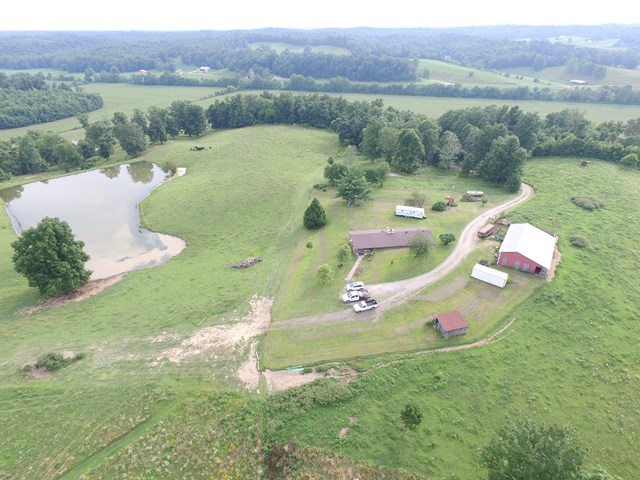 1745 Goering Rd, Hawesville, KY 42348