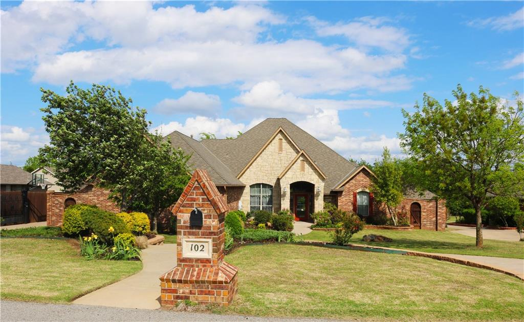 102 S Wyndemere Lakes Drive, Moore, OK 73160