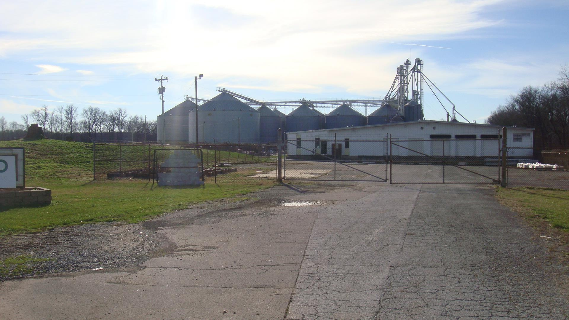 500 Port Royal Rd, Clarksville, TN 37040