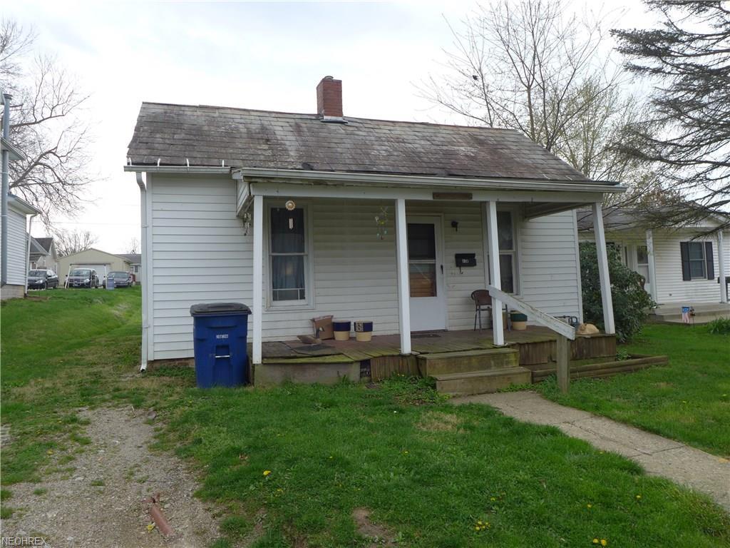 809 Johnson Ave, New Lexington, OH 43764