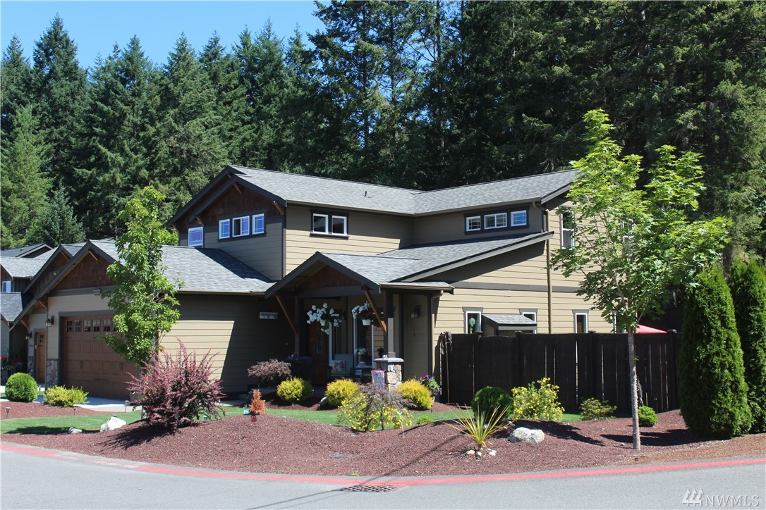 10414 Buccaneer Place NW, Silverdale, WA 98383