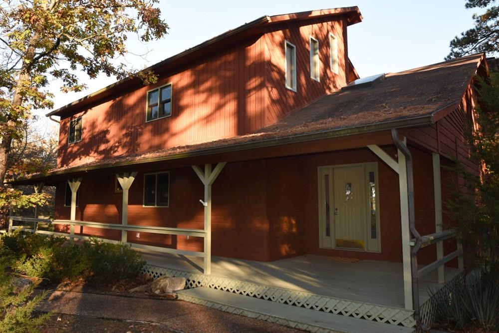 118 Oakridge DR, Eureka Springs, AR 72632