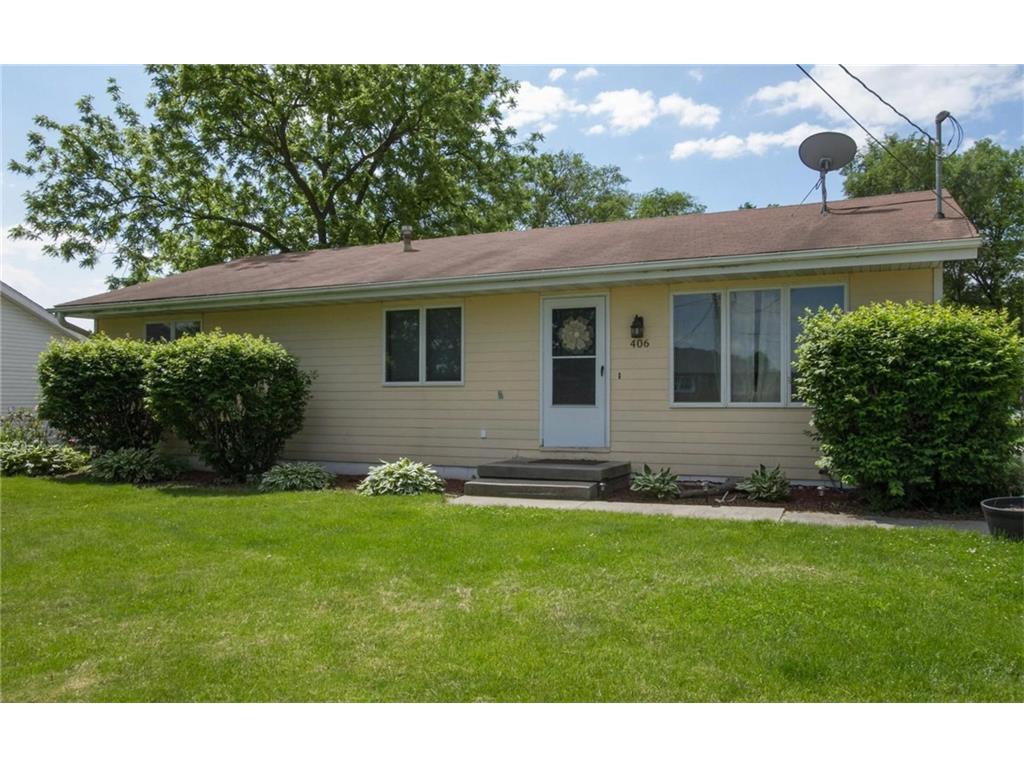 406 4th Street NE, Mitchellville, IA 50169