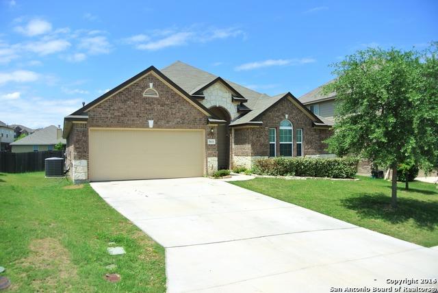 5611 Bonham Path, San Antonio, TX 78253