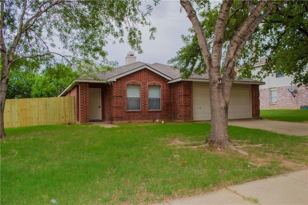 9208 Glen Falls Lane, Denton, TX 76210