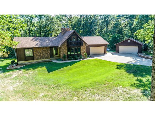 1840 Westmoor Drive, Foristell, MO 63348