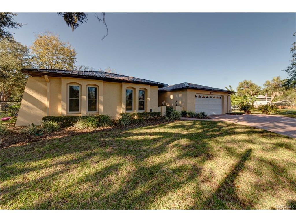 97 SW 5th Terrace, Crystal River, FL 34429