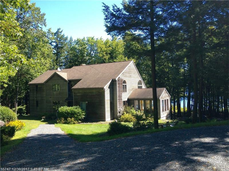 192 Hill Top RD , Chesterville, ME 04938