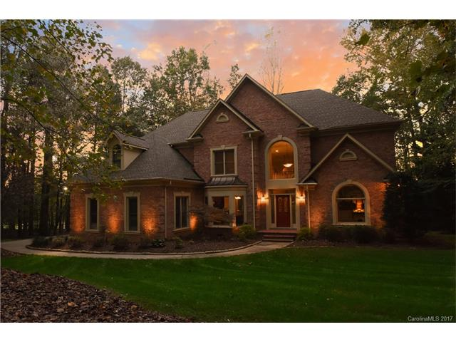 9116 Valley Brook Court, Waxhaw, NC 28173
