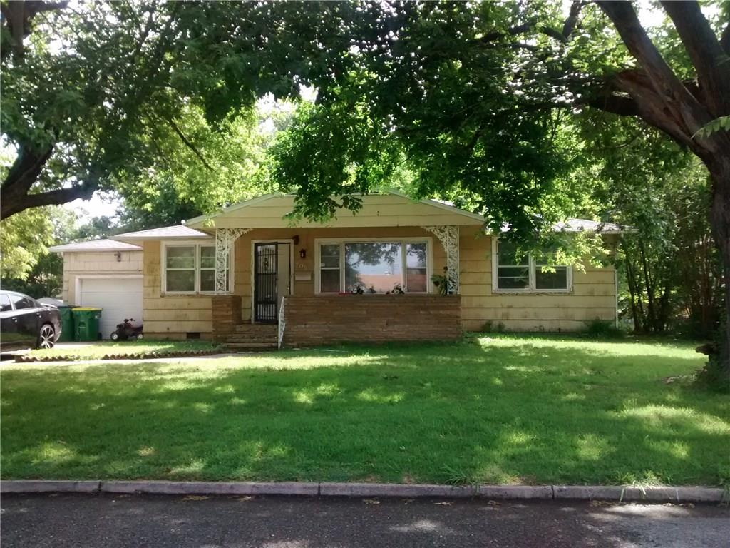 709 Young ST, Springdale, AR 72764