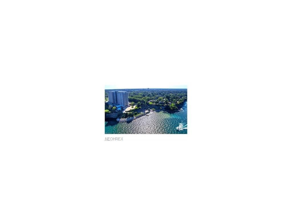 12900 Lake Ave PH29, Lakewood, OH 44107