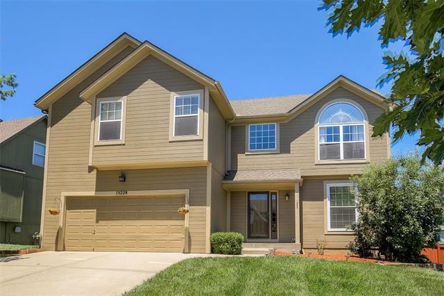 15228 W 153rd Terrace, Olathe, KS 66062