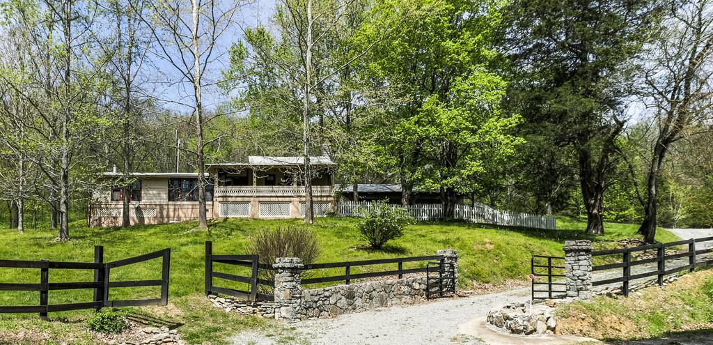 200 Cooper Branch Rd, Mulberry, TN 37359