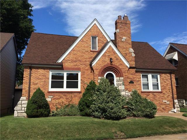 5333 Sunshine Drive, St Louis, MO 63109