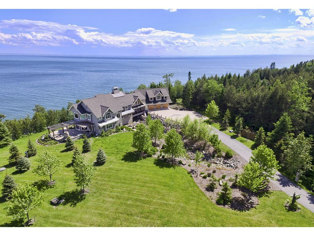 908 W Bay Road, Two Harbors, MN 55616