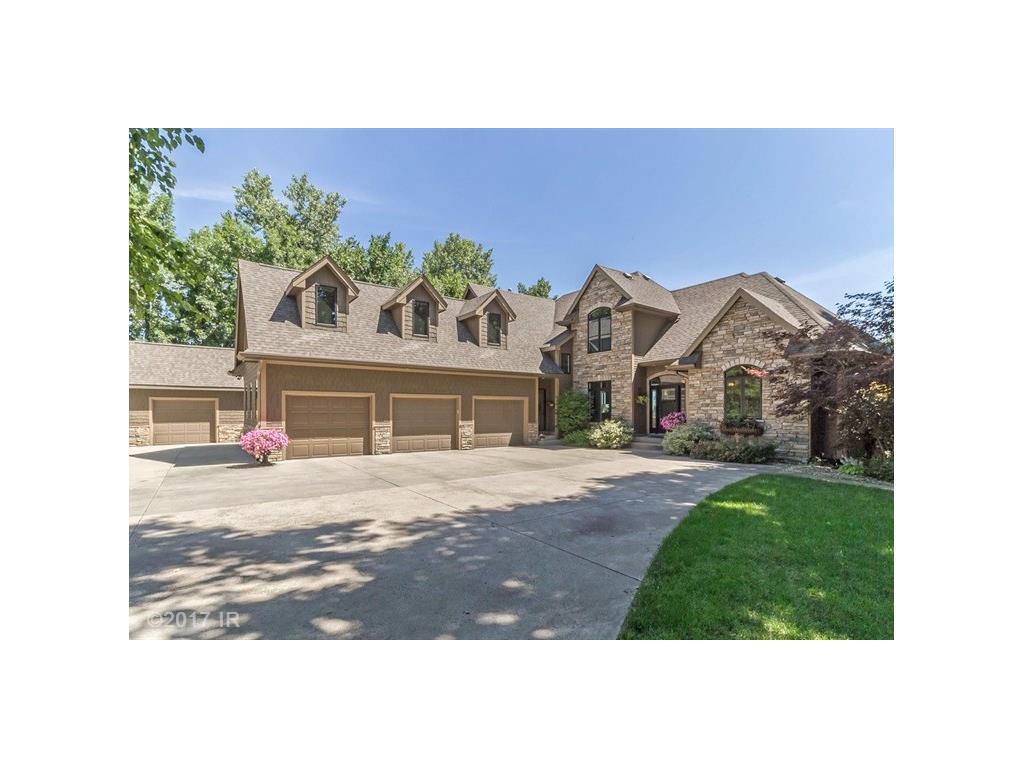 4707 Beaver Avenue, Des Moines, IA 50310