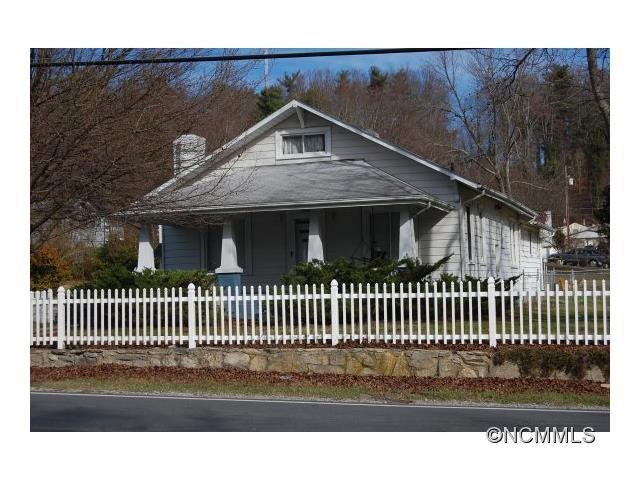 1964 Haywood Road, Hendersonville, NC 28791