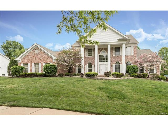 2023 Brook Hill Ridge Drive, Chesterfield, MO 63017