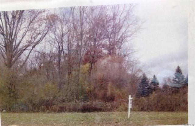 2636 Devondale RD, Rochester Hills, MI 48309