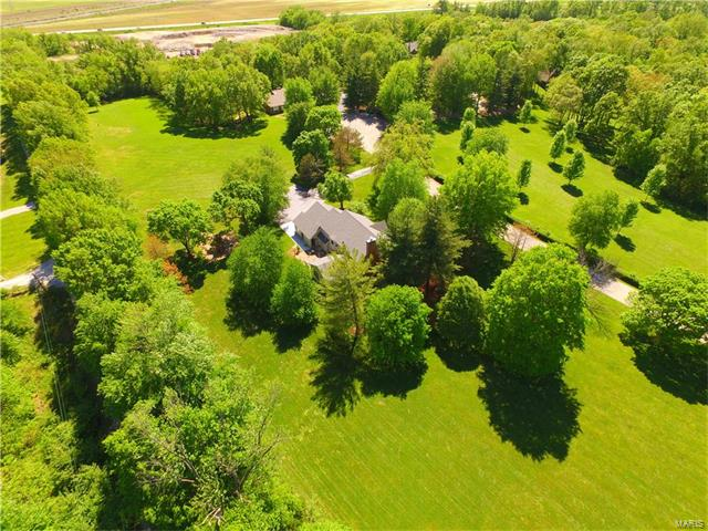 21 Upper Dardenne Farms Drive, St Charles, MO 63304