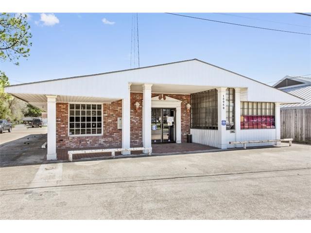 15048 RIVER Road, Hahnville, LA 70057