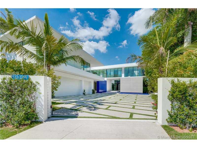 5004 N BAY RD, Miami Beach, FL 33140