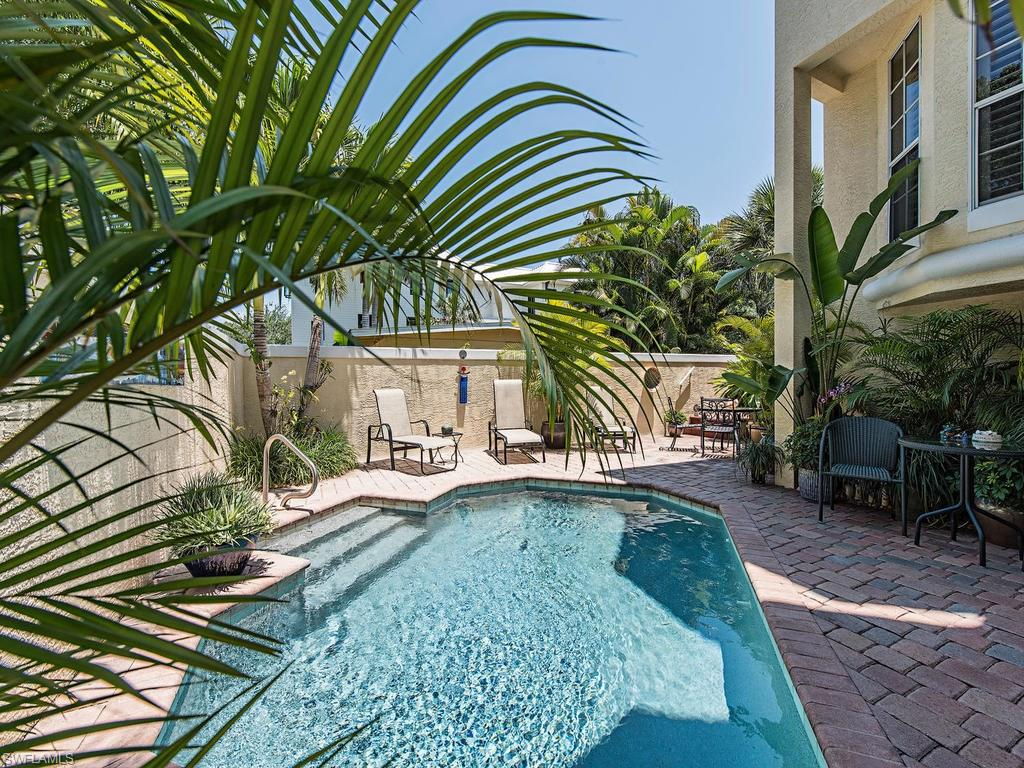 858 9th AVE S 101, NAPLES, FL 34102