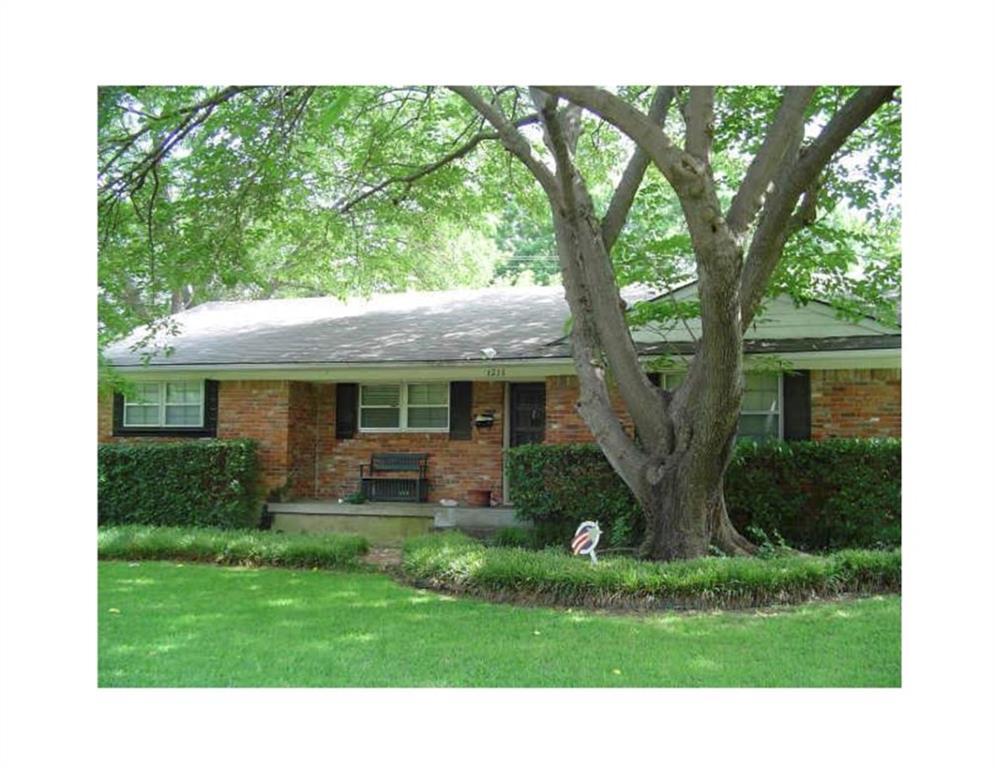 1215 Holly Drive, Richardson, TX 75080