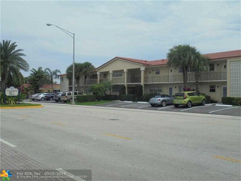 2200 NE 36th St 13, Lighthouse Point, FL 33064
