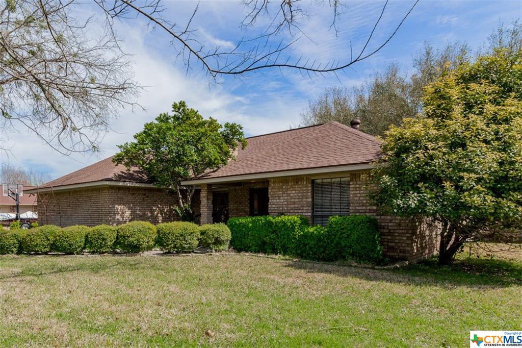 3300 Chisholm Trail, Salado, TX 76571