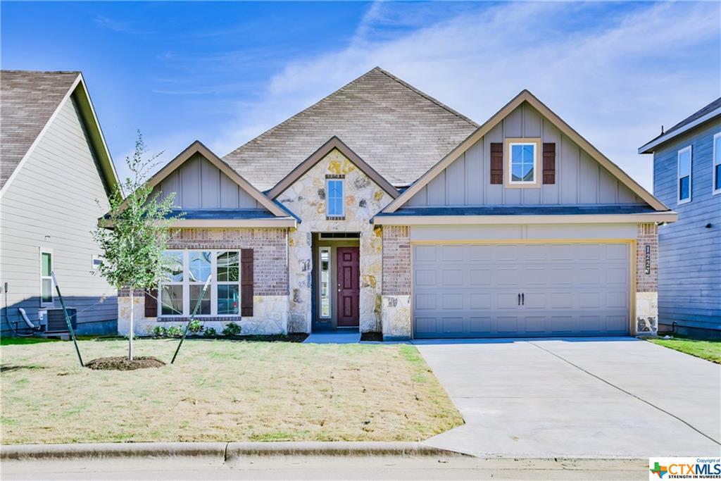 1227 Amber Dawn Drive, Temple, TX 76502