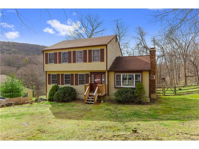 9 Candlewood Common, New Milford, CT 06776