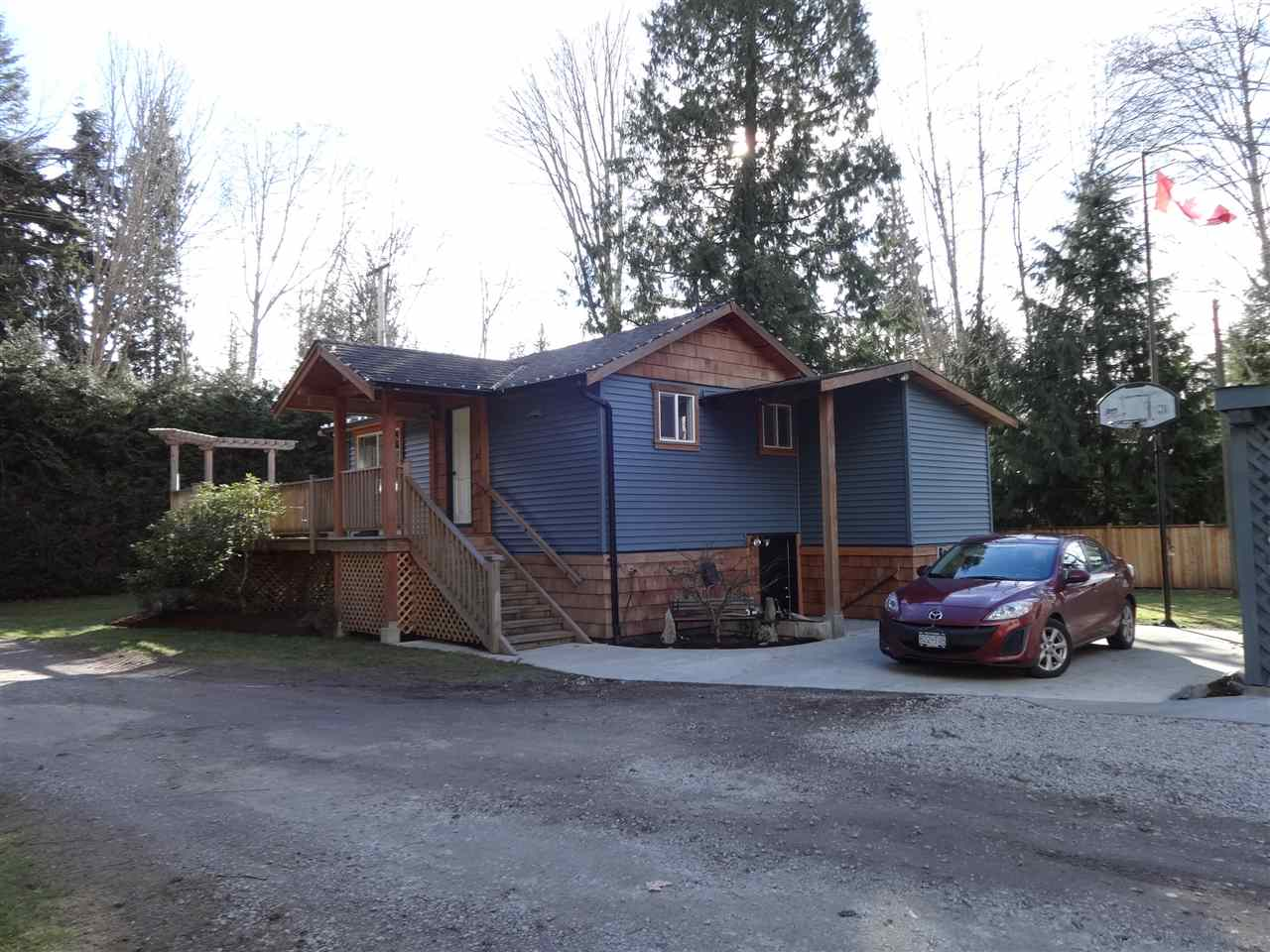 4462 SUNSHINE COAST HIGHWAY, Sechelt, BC V0N 3A1