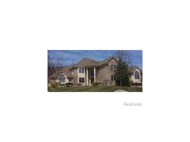 1901 Westridge, Rochester Hills, MI 48306