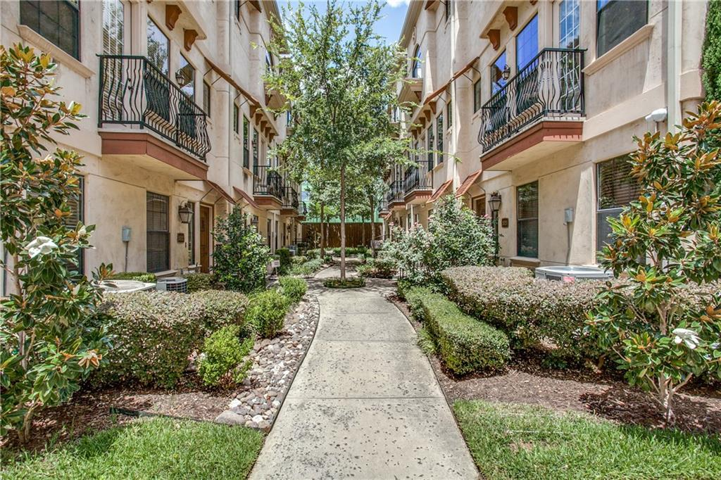 Gorgeous Bryan Place Townhome with low HOA dues & recent updates. Walking distance to community pool, park, Arts District & Downtown, this coveted end cap unit provides ample light w' windows on 3 sides. Kitchen boasts SS appliances, updated granite counters & tile backsplash which opens to large living room w' gas fireplace, handsome hdwd floors & tall ceilings. Large Master w' fireplace is on 3rd floor along w' a study & laundry room. Master Bath features a double vanity, separate shower & tub & walk in closet. Unit has an attached garage & updated the security with 3M security film on downstairs windows, security cameras, & Medeco custom locks. AC unit replaced in 2016 and recently painted (July 2017).