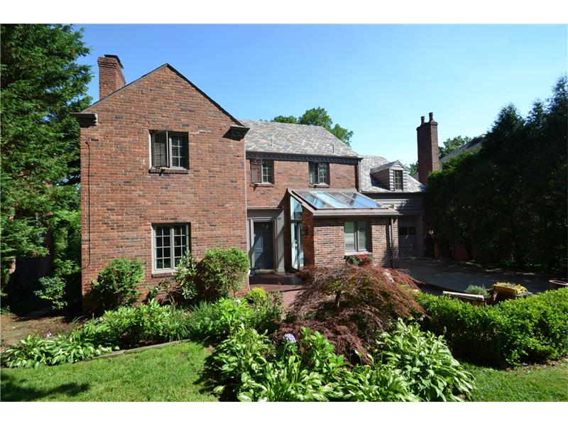 89 Parkridge Lane, Pittsburgh, PA 15228