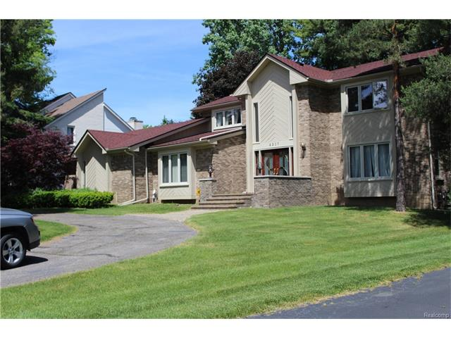 4217 CHERRY HILL Drive, Orchard Lake, MI 48323