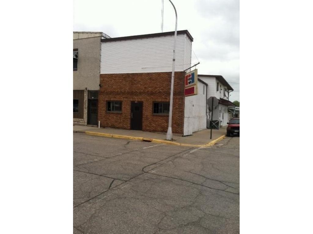 139 S Marshall Street, Caledonia, MN 55921