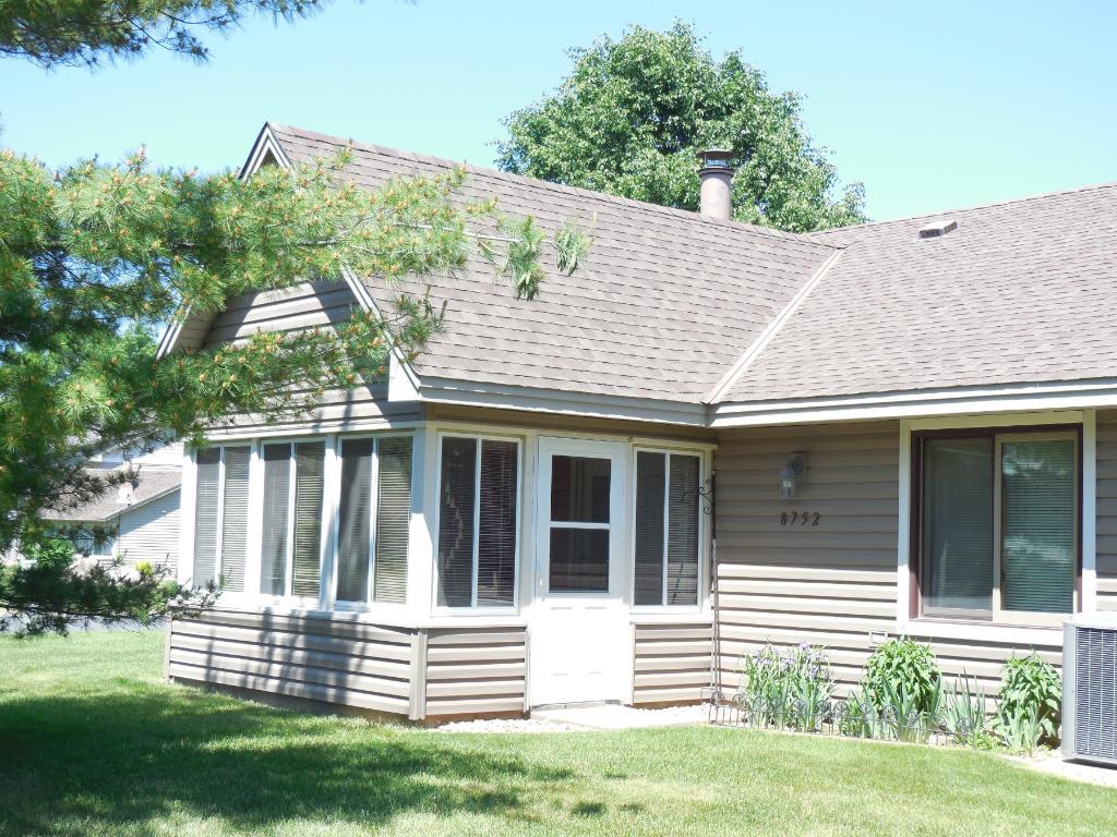 8752 Cottonwood Lane N, Maple Grove, MN 55369