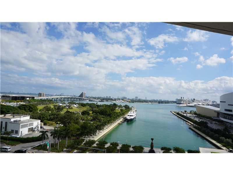 888 Biscayne Blvd 910, Miami, FL 33132
