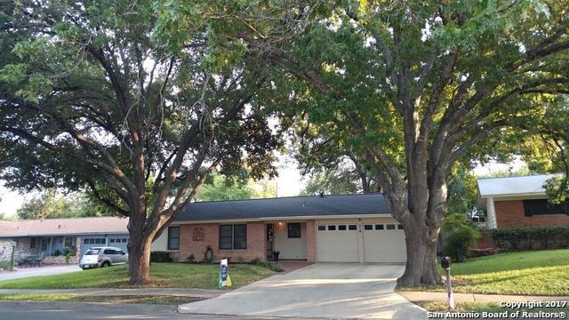 218 SERENADE DR, San Antonio, TX 78216