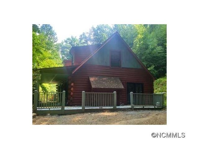 825 Country Club Drive, Maggie Valley, NC 28751